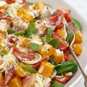 Creamy Baked Pumpkin Pasta with Tomato & Bacon - baked butternut pumpkin pasta with a cream sauce made in the oven!